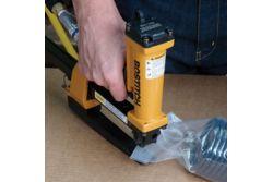 Bostitch P51-10B-E Pince Agrafeuse Pneumatique pour agrafes SB103020 de 10mm à 15mm